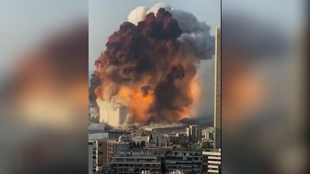 dos-explosiones-en-el-puerto-de-beirut-dejan-decenas-de-heridos-[video]