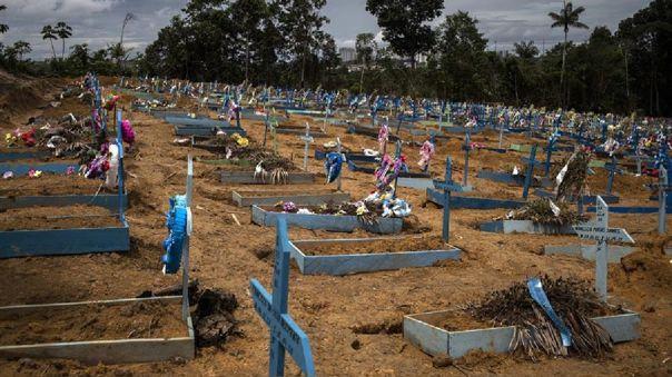 brasil-rebasa-las-120-mil-muertes-por-covid-19-tras-sumar-mas-de-750-el-ultimo-dia