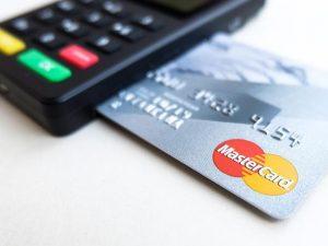 bancos-tendran-que-contar-en-su-portafolio-con-una-tarjeta-de-credito-que-no-cobre-membresia