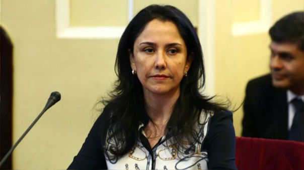 «a-la-fiscal-no-le-gusta-que-nadine-se-dedique-solo-a-ser-madre»,-dice-abogado-de-exprimera-dama