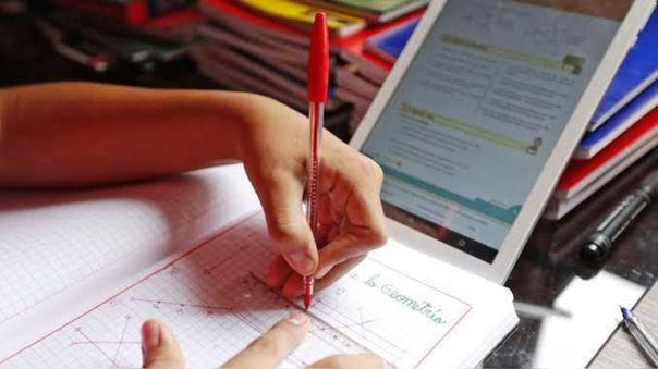 ministerio-de-educacion-responde-a-contraloria-y-asegura-que-los-contenidos-pedagogicos-para-las-tablets-ya-estan-listos