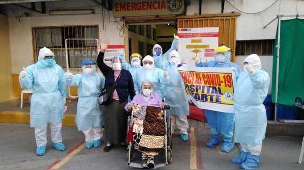 ¡nada-la-detuvo!-mujer-de-101-anos-derrota-al-coronavirus-y-recibe-el-alta-medica