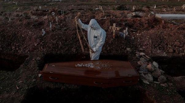brasil-suma-mas-de-108-000-muertes-y-registra-la-primera-entre-trabajadores-de-la-presidencia