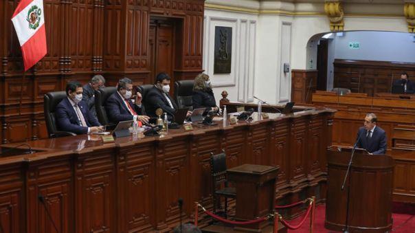 merino-anuncia-proyecto-de-reforma-constitucional-para-suprimir-la-cuestion-de-confianza-a-nuevos-gabinetes