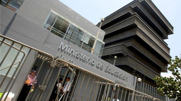 ministerio-de-educacion:-norma-sobre-convenios-de-gestion-no-establece-privatizacion-de-colegios-publicos