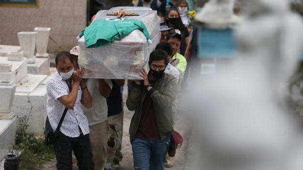 mexico-rebasa-las-60-000-muertes-y-los-550-000-casos-de-la-covid-19