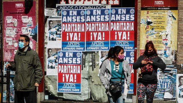 argentina-reporta-5-352-nuevos-casos-de-covid-19-y-suma-otras-137-muertes