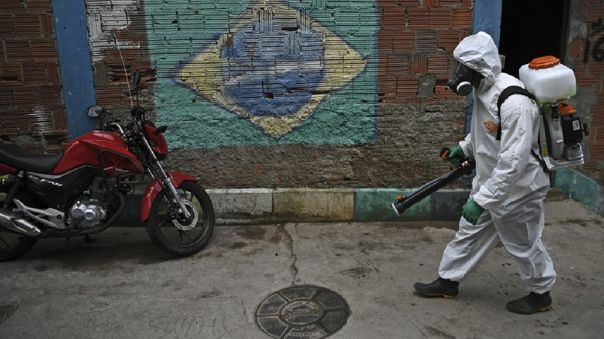 brasil-supera-los-4-millones-de-casos-de-coronavirus-entre-senales-de-mejora