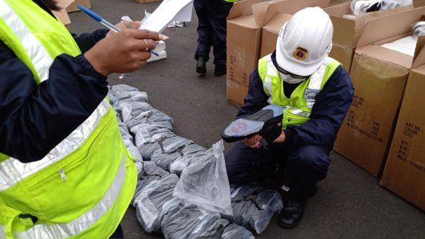 sunat-incauto-un-cargamento-de-zapatillas-de-contrabando-valorizado-en-mas-de-s/-420-000
