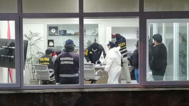 santa-maria-del-mar:-fiscalia-y-policia-intervienen-la-municipalidad-y-la-casa-del-alcalde-jiries-jamis
