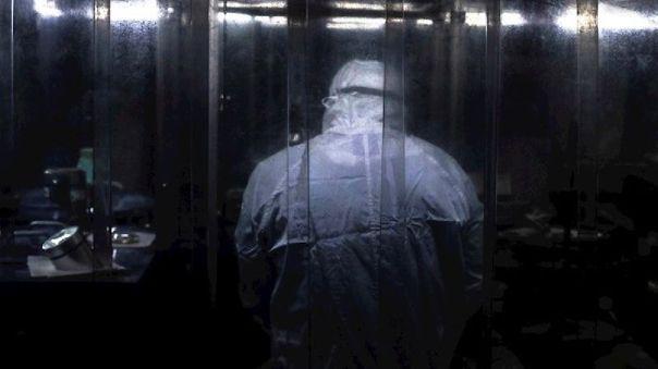 desarrollan-una-lamina-plastica-que-inactiva-en-minutos-al-coronavirus