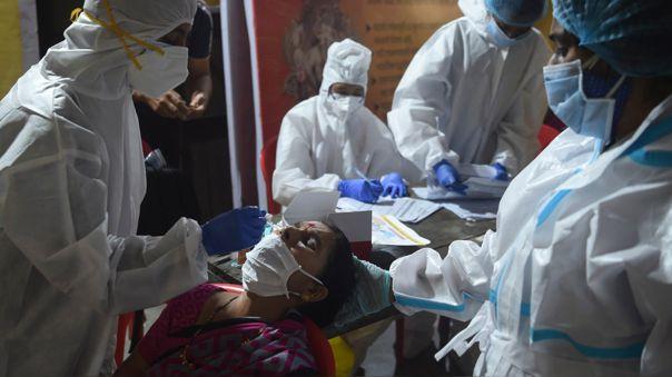 «esto-no-se-esta-acabando»:-oms-reporta-que-casos-del-nuevo-coronavirus-superan-los-30-millones