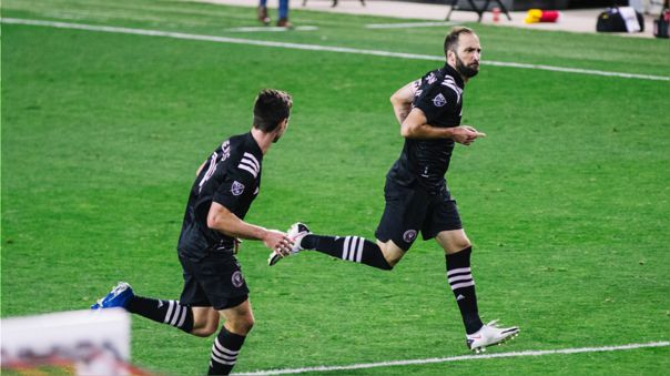 gonzalo-higuain-anoto-su-primer-gol-con-inter-miami-y-fue-una-joya-de-tiro-libre