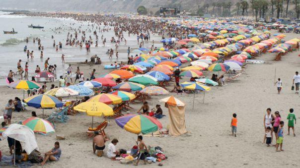 alcaldes-de-miraflores,-barranco-y-chorrillos-piden-al-gobierno-el-cierre-de-playas-para-banistas
