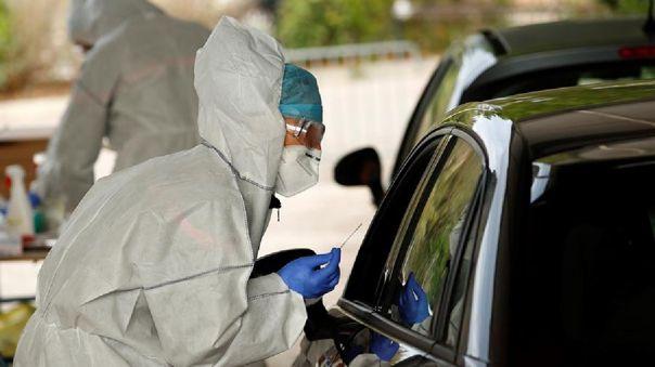 francia-marca-un-nuevo-record-de-casos-diarios-de-la-covid-19-con-32-427-contagios