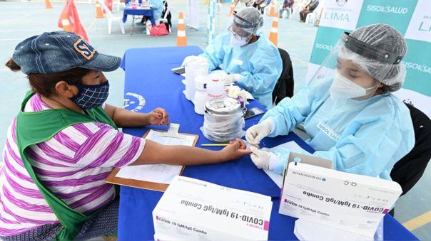 essalud-advierte-que-en-16-distritos-de-lima-se-reportan-alza-en-casos-de-coronavirus