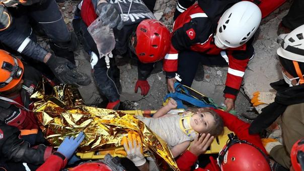 terremoto-en-turquia:-una-nina-de-tres-anos-fue-rescatada-con-vida-91-horas-despues-del-sismo-[video]