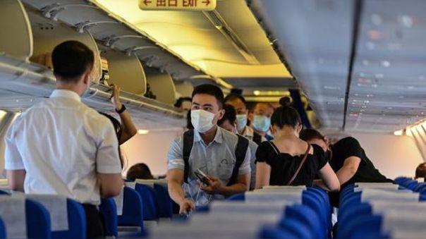 china-prohibe-la-entrada-de-viajeros-de-una-decena-de-paises-por-la-covid-19