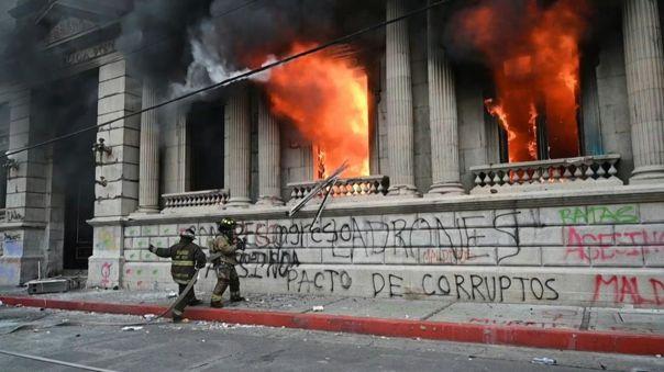 guatemala:-congreso-dara-marcha-atras-a-presupuesto-que-origino-protestas