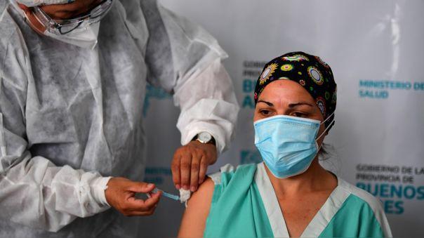 argentina-reporto-317-casos-adversos-en-los-vacunados-con-la-sputnik-v