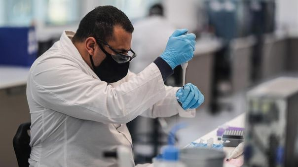 brasil:-regulador-sanitario-autoriza-importar-dos-millones-de-dosis-de-la-vacuna-de-astrazeneca