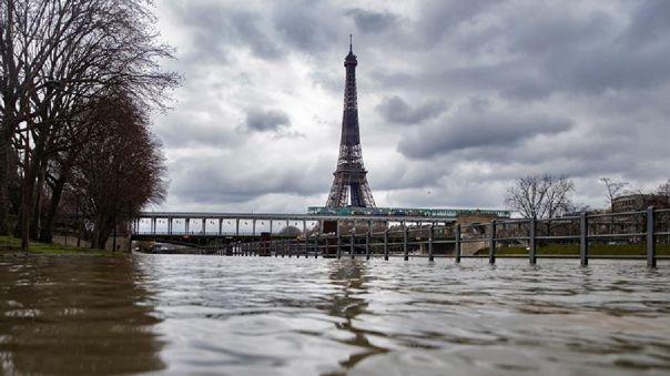 francia:-muere-una-menor-de-14-anos-en-una-pelea-de-pandillas-en-las-afueras-de-paris