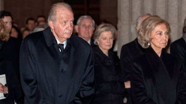 espana:-rey-emerito-paga-casi-4,4-millones-de-euros-por-deudas-fiscales-pero-vuelve-a-ser-cuestionado